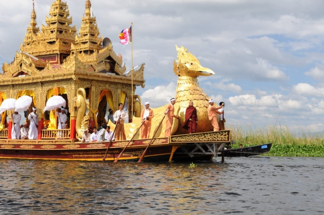 Main Boat in Procession